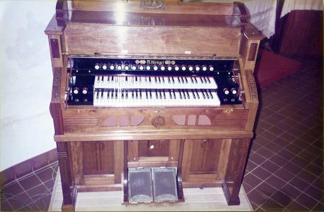 Restauración completa de armonio alemán marca M. Hörügel, parroquia de la Ciudad de Monte, Buenos Aires